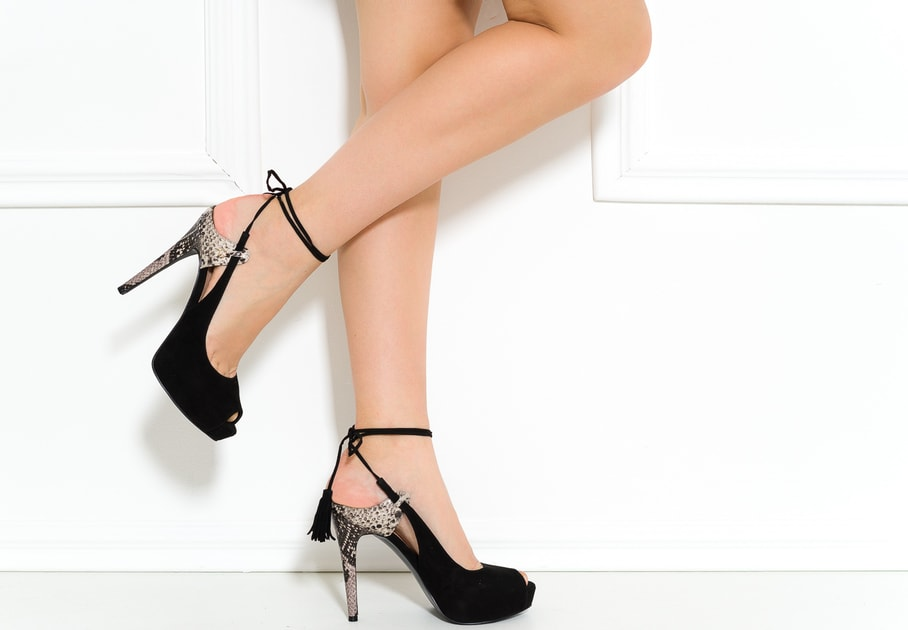 Glamadise.sk - Guess dámske lodičky so šnurovaním čierne - Guess - Lodičky  - Dámske topánky - GLAM cee4fc6804