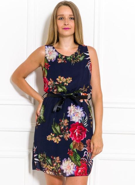 Glamadise.sk - Letné šifónové šaty s kvetmi tmavo modré - Glamorous by Glam  - Letní šaty - Šaty 1fa6a85cd0a