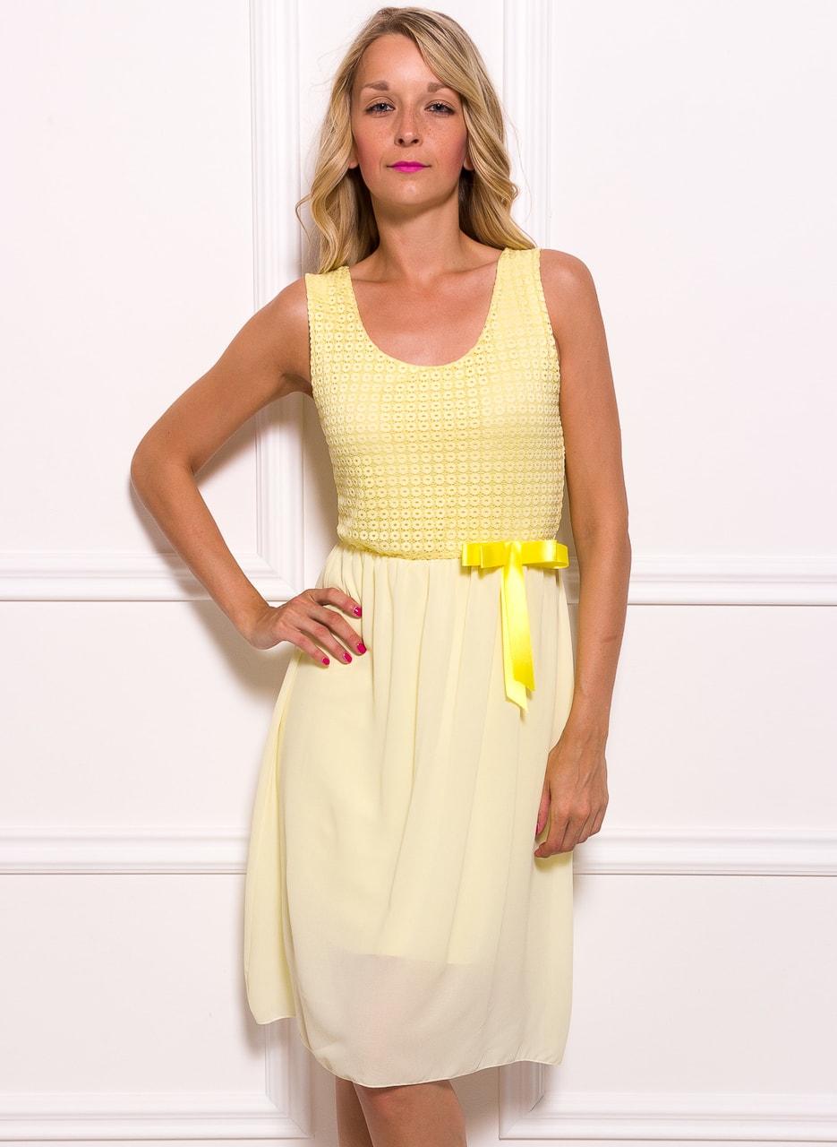 Glamadise.sk - Dámske šifónové šaty s mašličkou - žltá - Glamorous ... fed6249f085