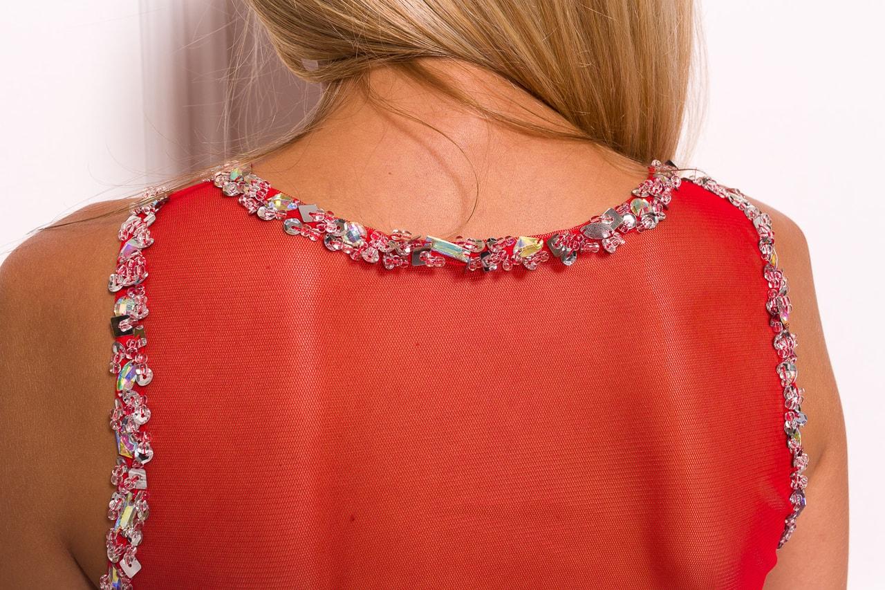 Společenské dlouhé šaty s korálky a flitry - červená - Due Linee ... eae849a2b2