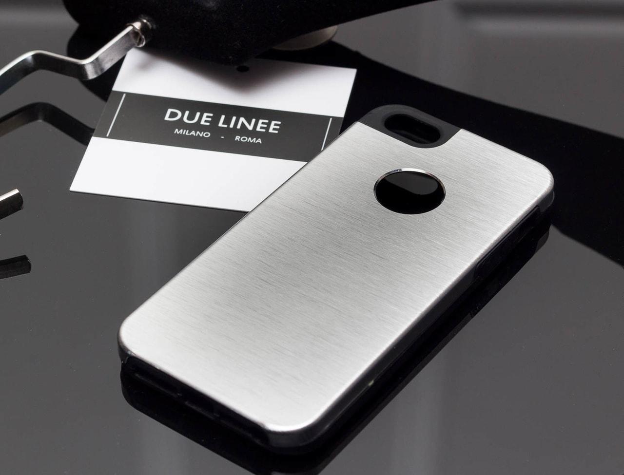 Glamadise.sk - Kryt na Iphone 6   6S - matná strieborná - Due Linee ... 091ef7327ba
