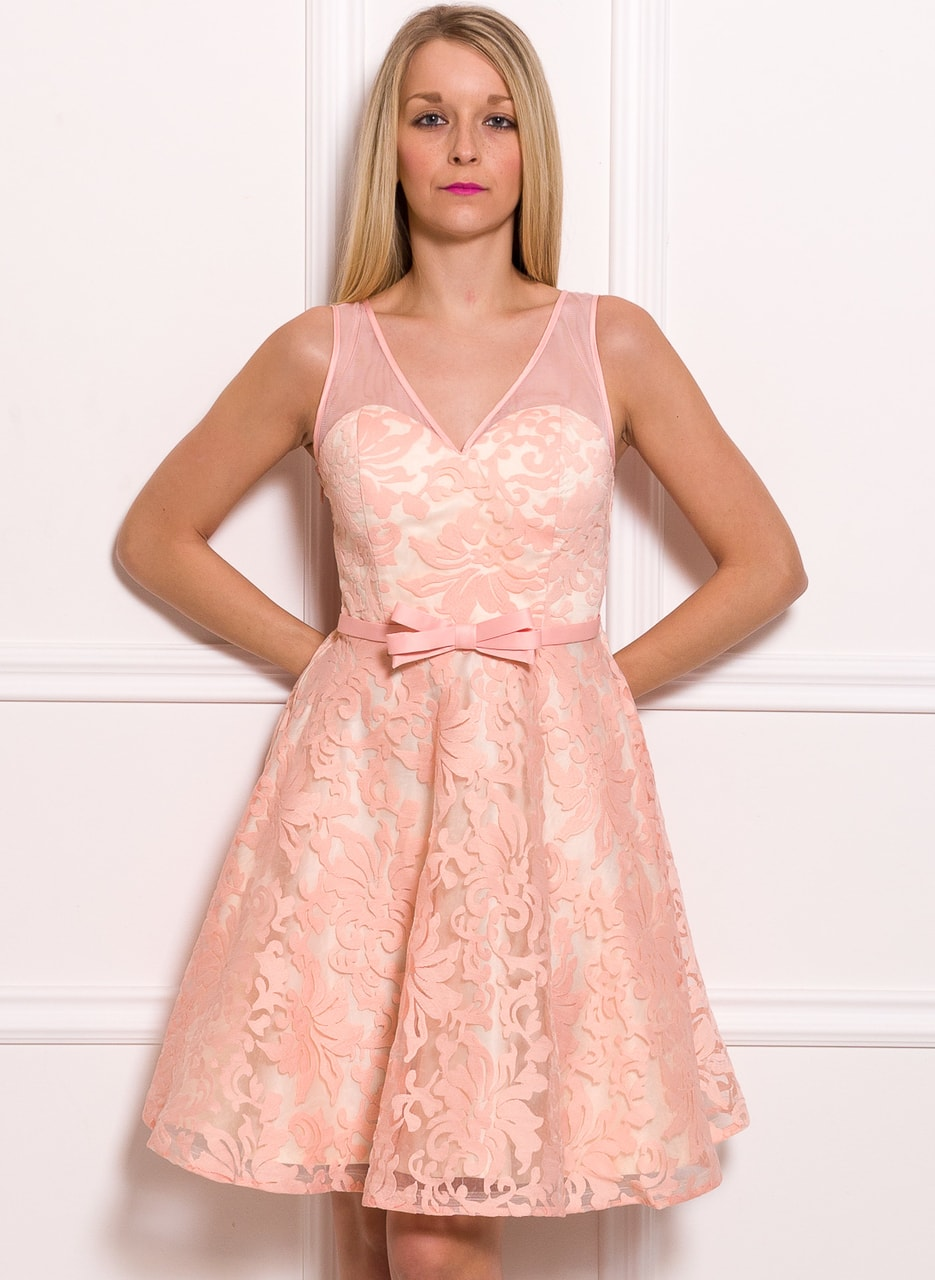 Dámské šaty A střih s krajkovým motivem růžovo - béžová - Due Linee ... fe0bcd808b