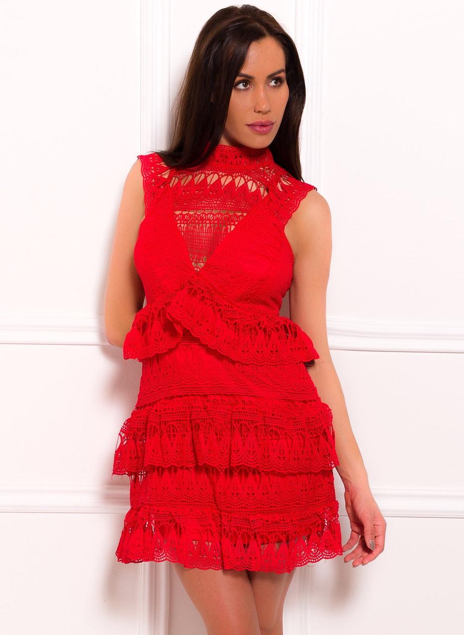 Glamadise.sk - Dámské luxusní krajkové šaty - červená - Due Linee ... 93612c76b7