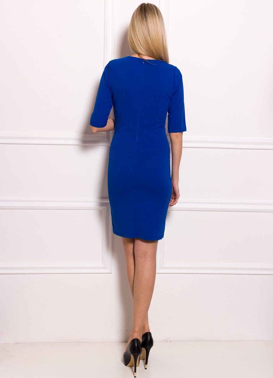 adc8ac75677 Dámské pouzdrové šaty s rukávem a řasením - královsky modrá ...