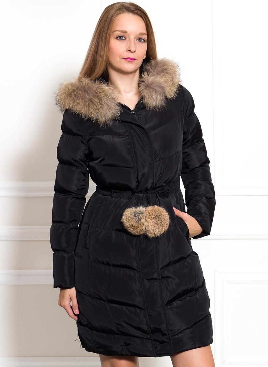 Glamadise.sk - Dámska zimná bunda s líškou a bambulkama - čierna ... 6aeaf7f3743