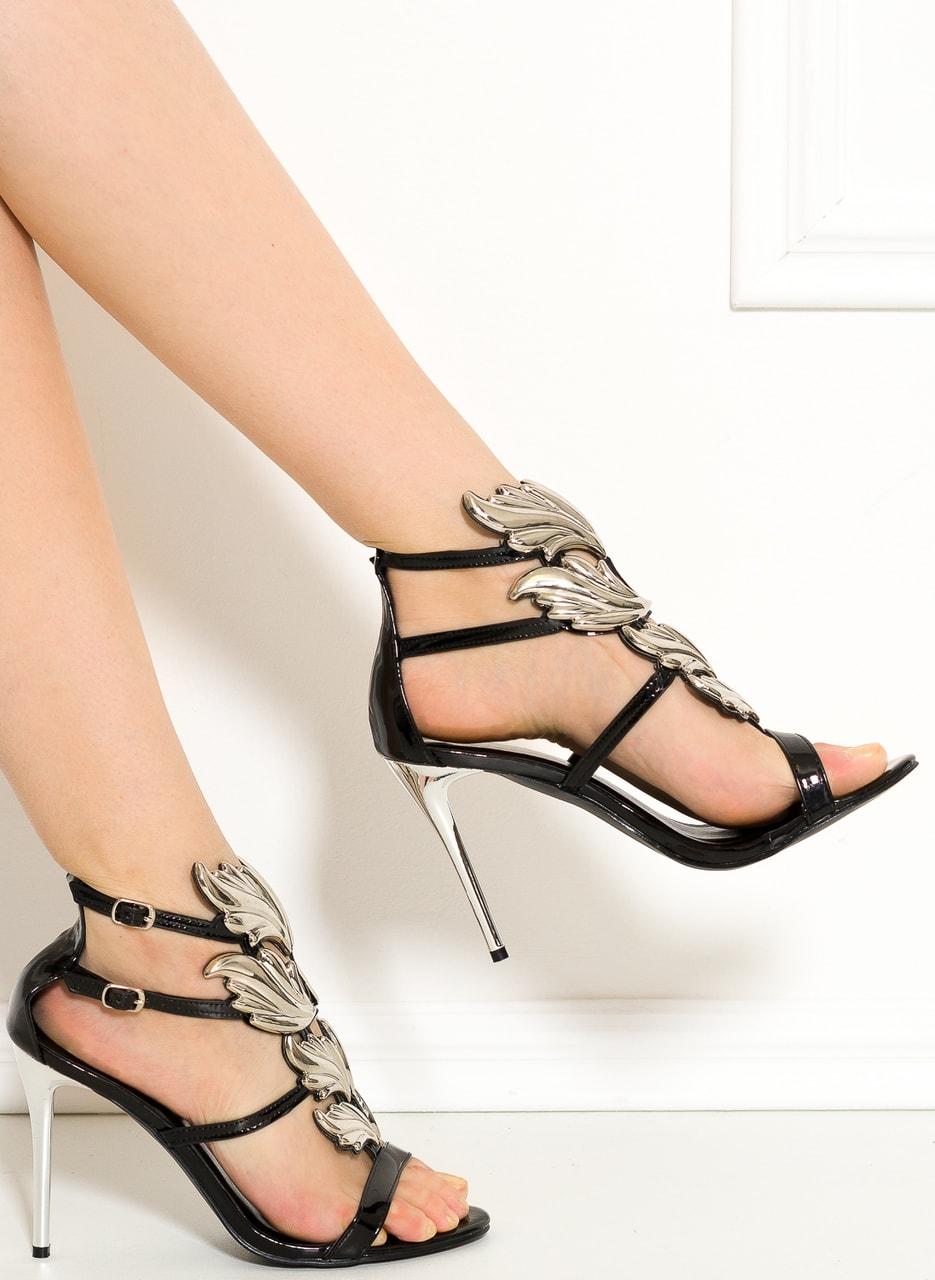 Glamadise.sk - Dámske exkluzívne sandále čierno-strieborné ... 9d429c0f06