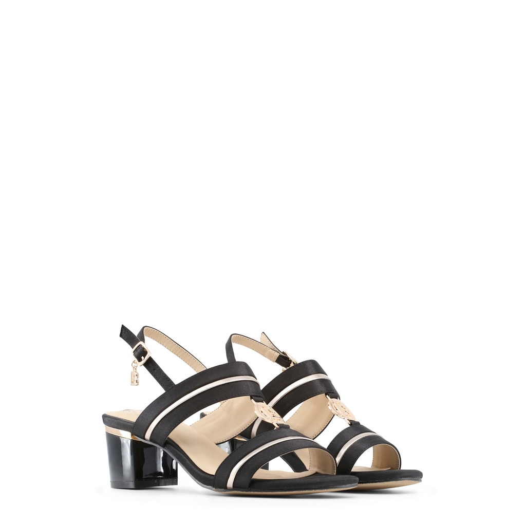 aec58cbd7051 Glamadise.sk - Dámske sandále na nízkom podpätku čierne - Laura ...