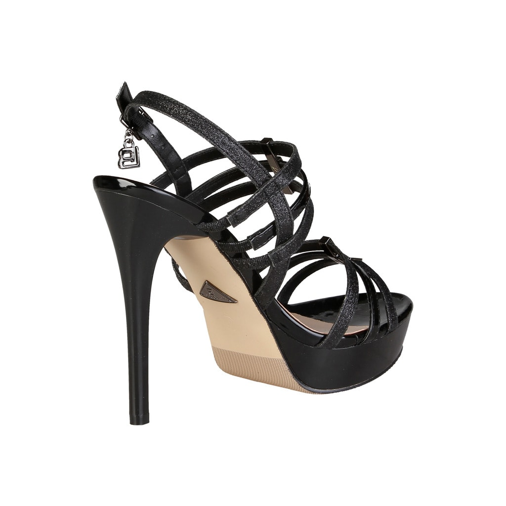 Glamadise.sk - Dámske čierne sandále na platforme čierne - Laura ... 8a7983bcbd2