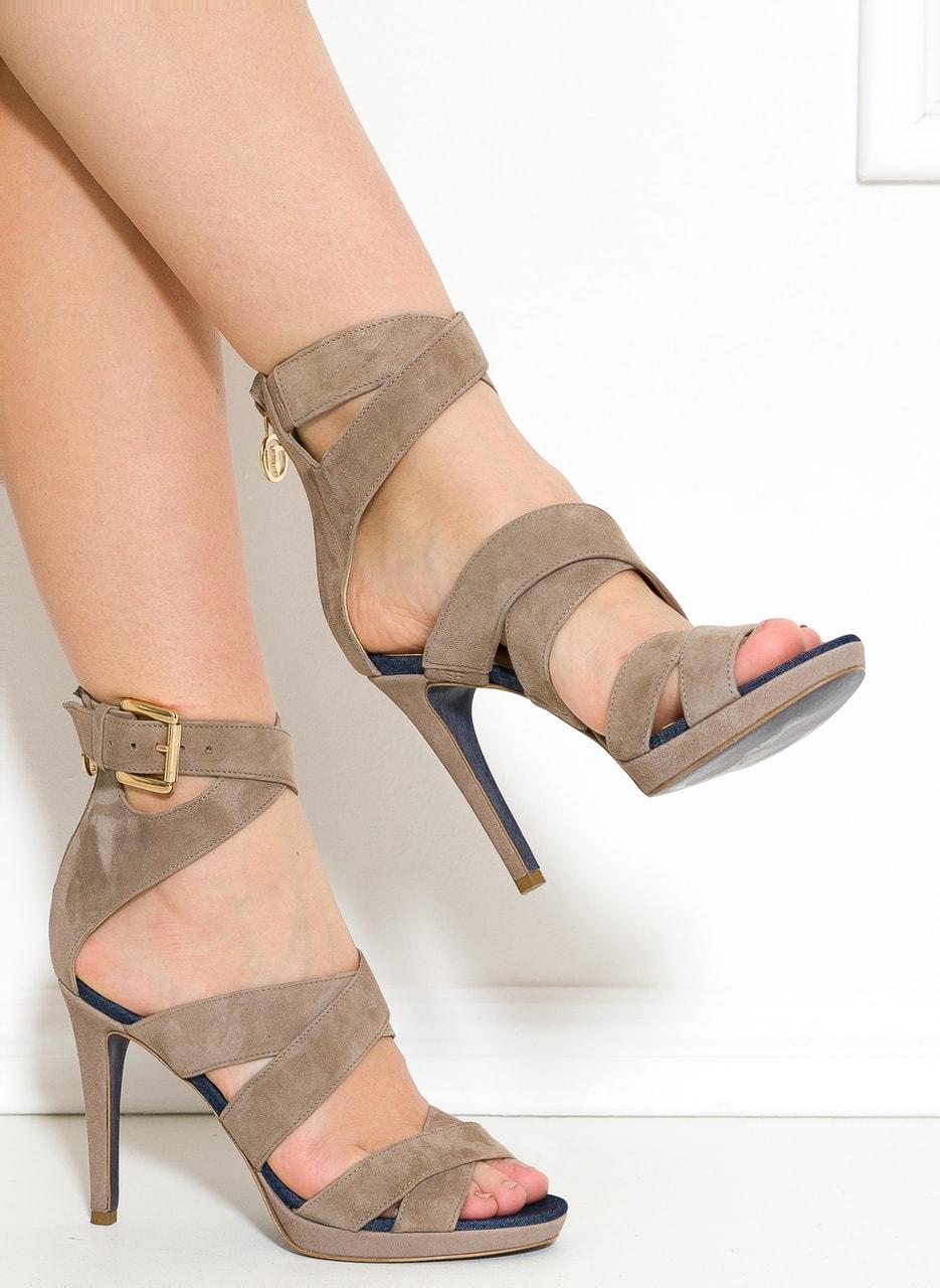 Glamadise.sk - Trussardi páskové sandále béžové - Trussardi ... 472496d01e