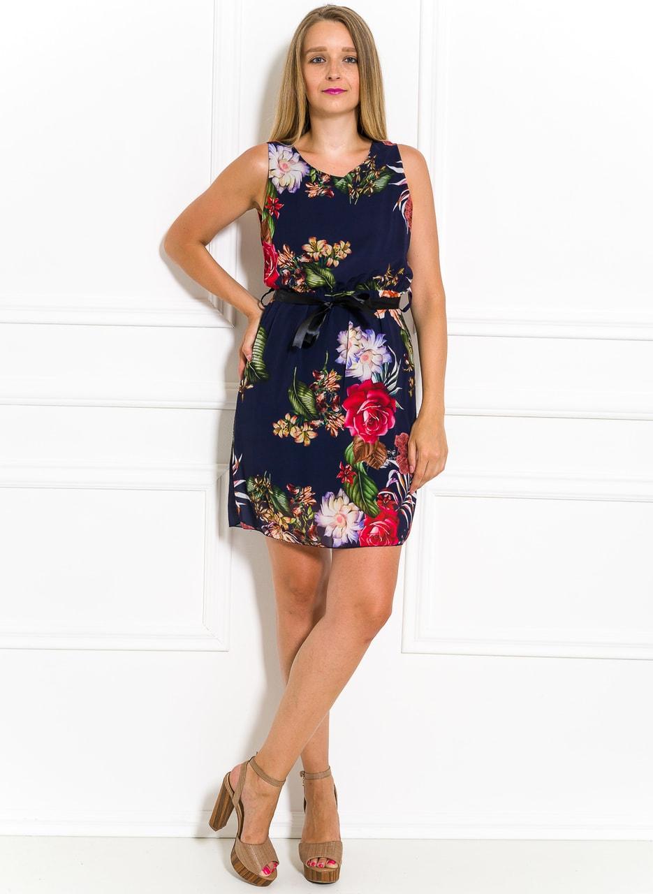 Letní šifonové šaty s květinami tmavě modré - Glamorous by Glam ... 46c536480f