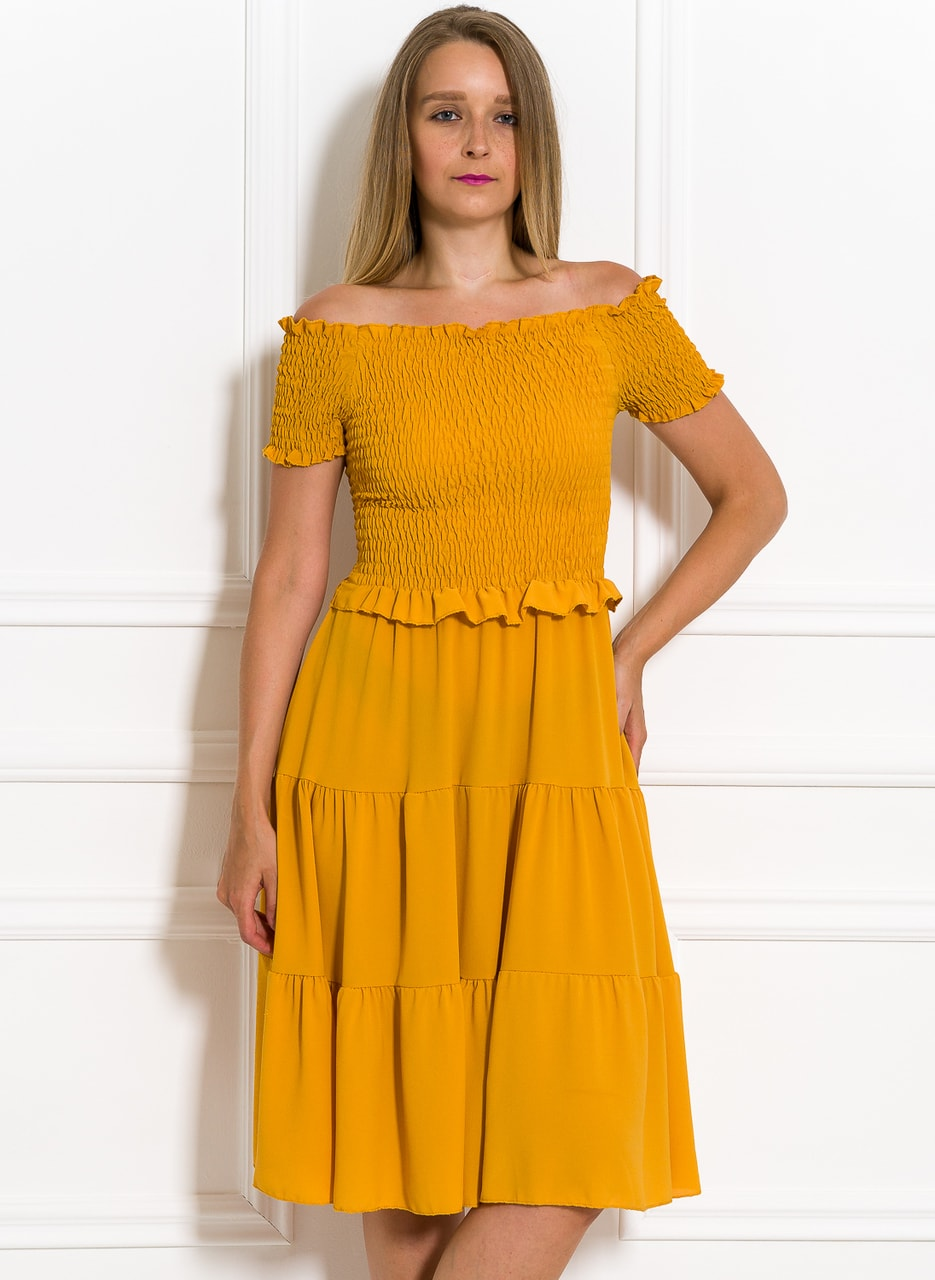 Glamadise.sk - Letné šaty s riasením žlté - Glamorous by Glam ... 4152020b4b5