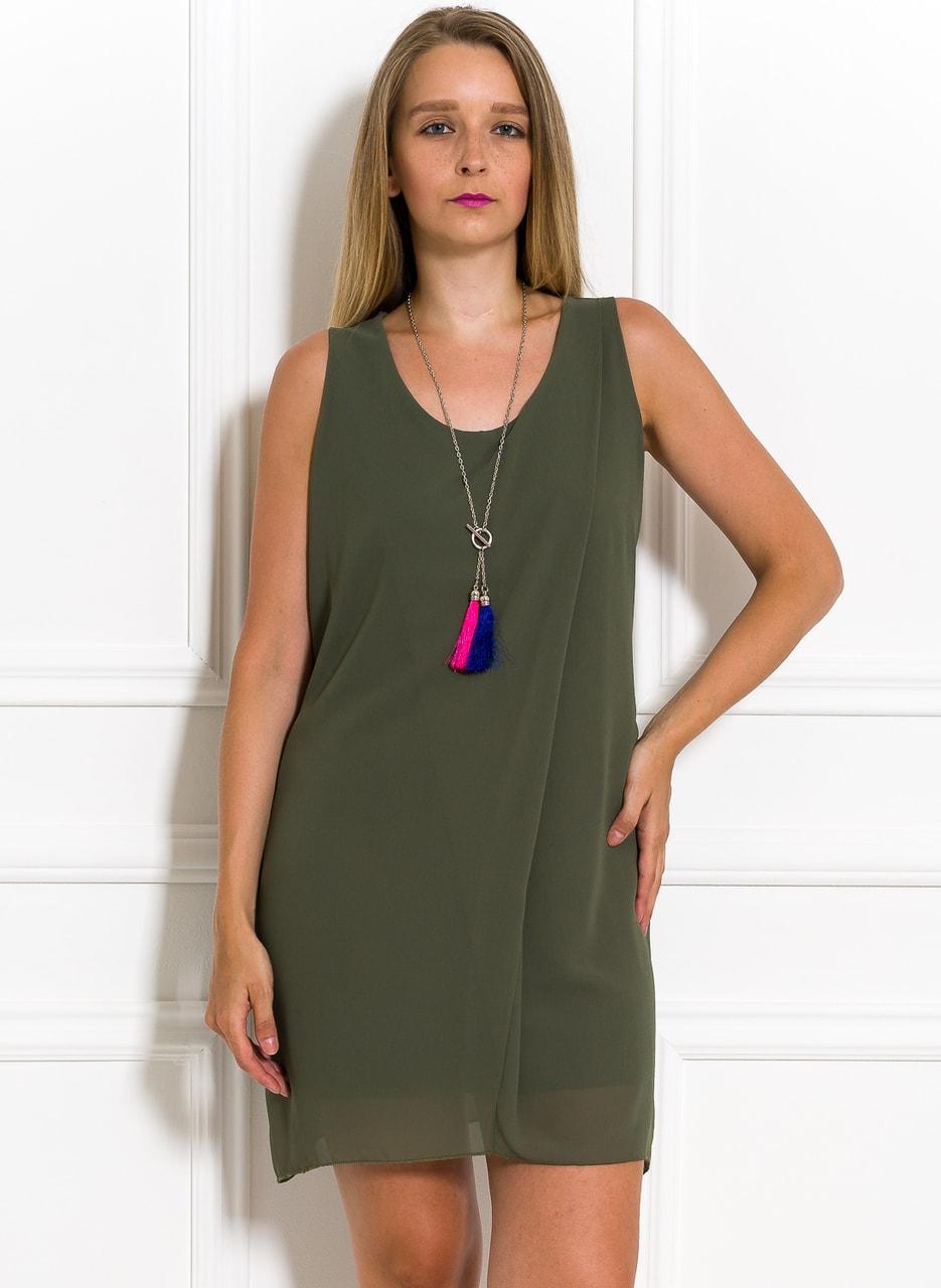 Volné letní šaty s přívěškem olivové - Glamorous by Glam - Letní ... e8e482b7a9