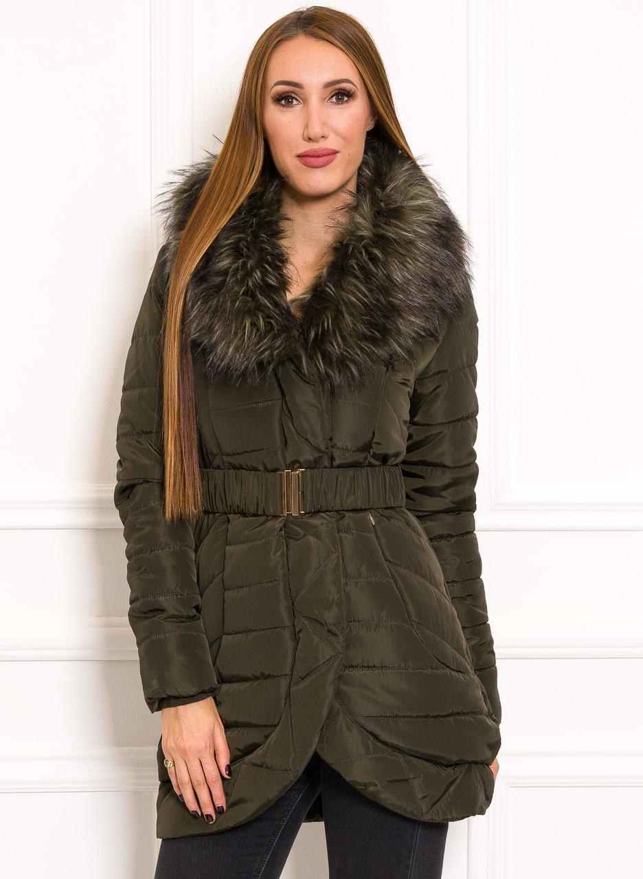 Dámská zimní elegantní bunda zelená - Due Linee - Zimní bundy ... 9b932d5b805