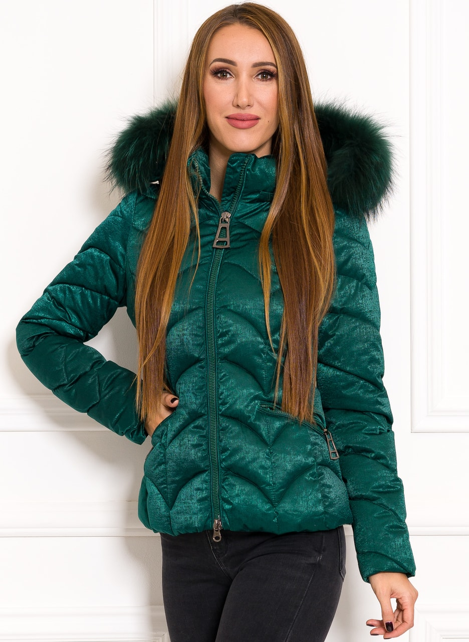 Glamadise.sk - Exkluzívna krátka zimná bunda s pravou kožušinou ... 52a69ffc79b