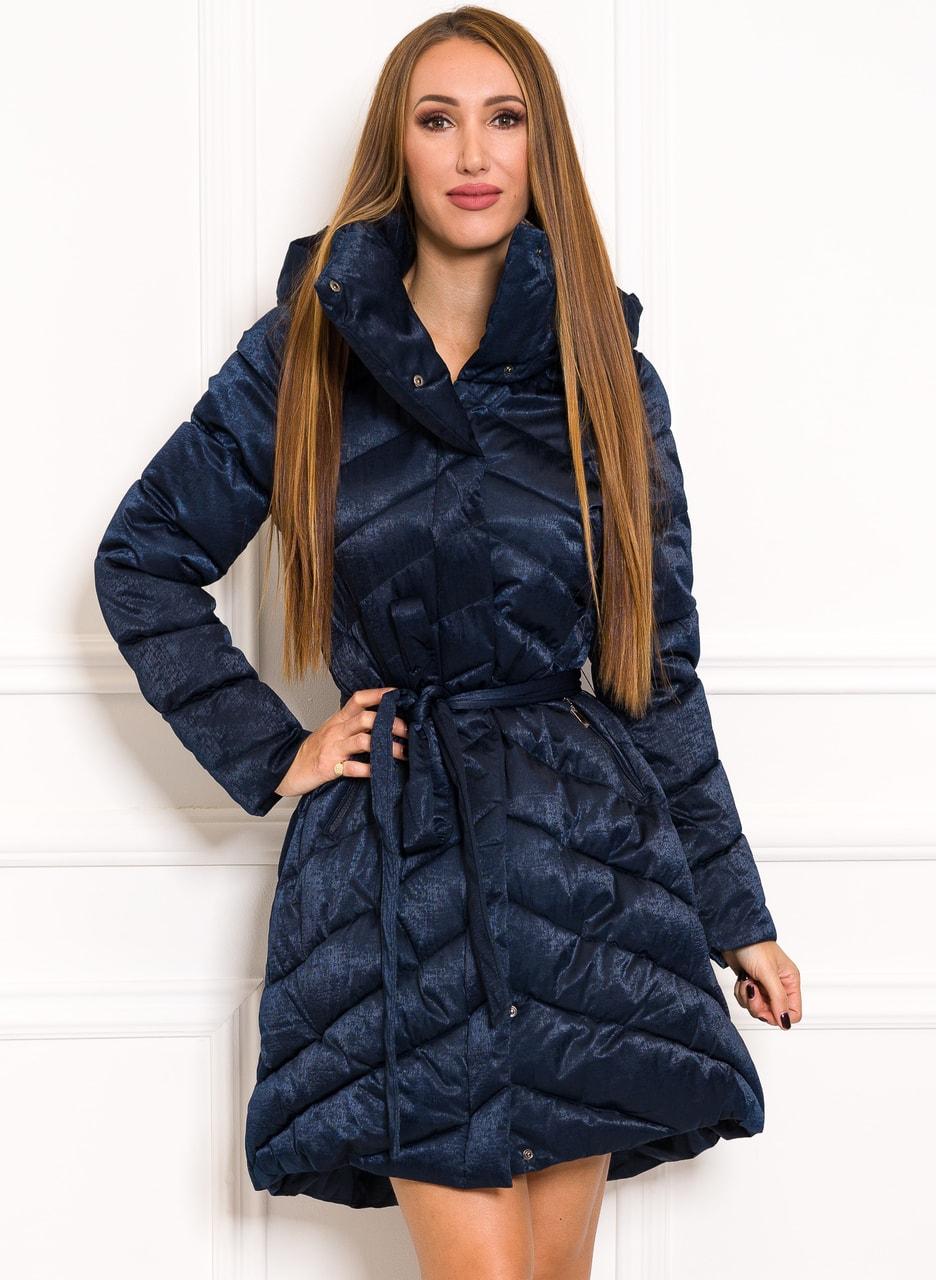 Zimní exkluzivní bunda do zvonu na vázání temně modrá - Due Linee ... 07b29933747