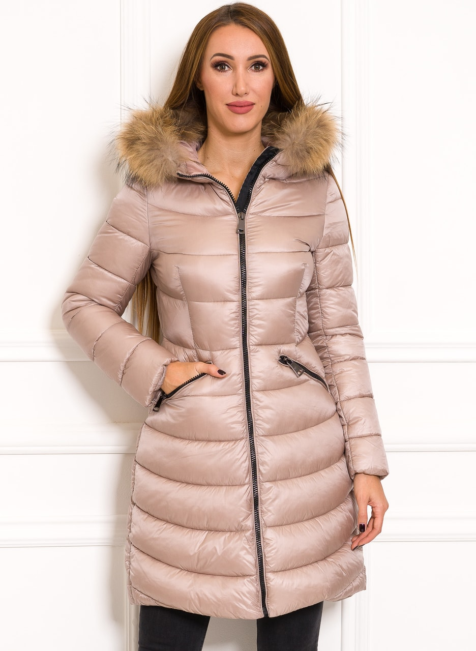 Glamadise.sk - Vypasovaná zimná bunda s pravou kožušinou champagne ... febdd5776d2
