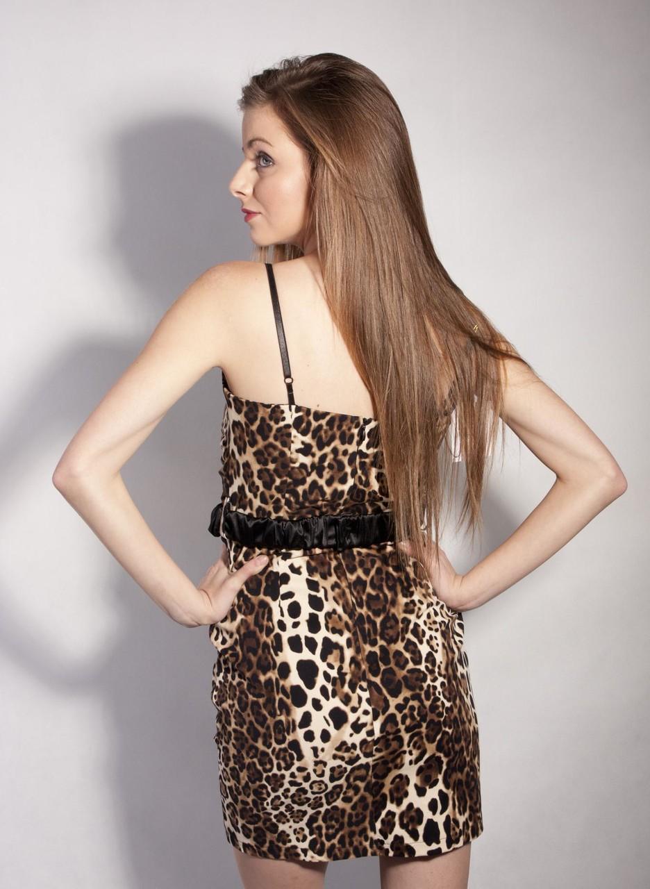 9f890c645fcb Glamadise.sk - -50% GbyG tigrované šaty - Glamorous by Glam - Šaty ...