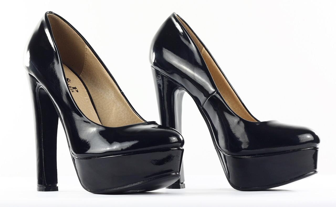 4b873e6b609 Glamadise - Italian fashion paradise - -30% Dámské černé lodičky na ...