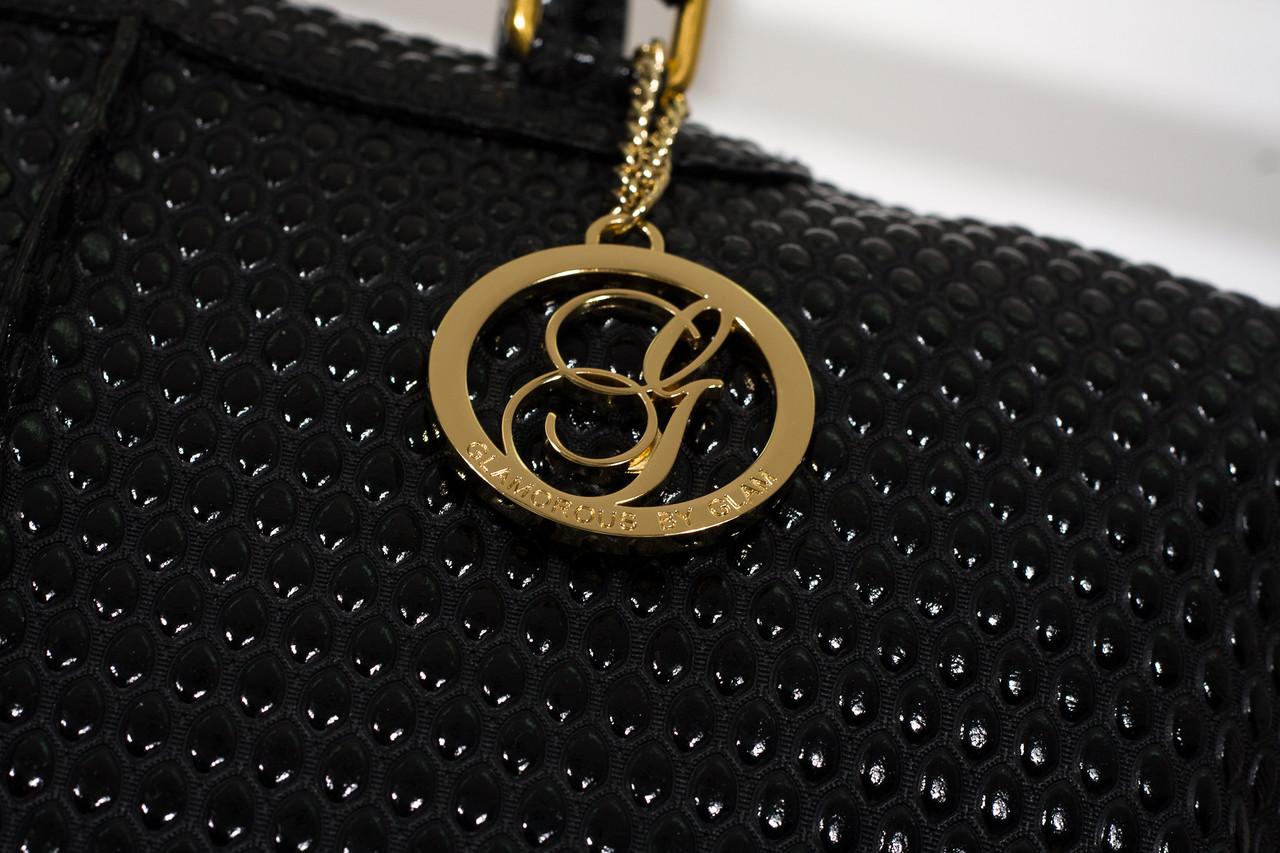 9f1091e1923 GbyG kožená kabelka ražené lakované kapičky - Glamorous by GLAM ...