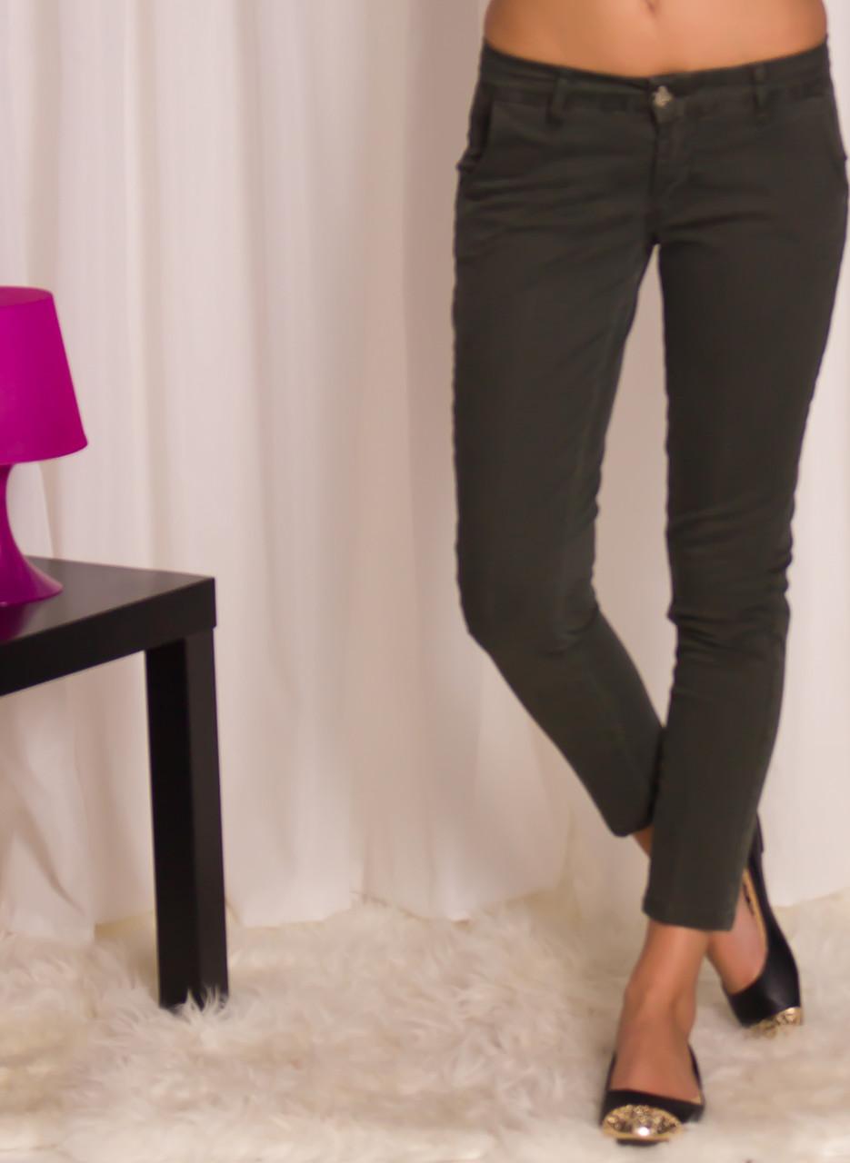 24745aa121c Dámské kalhoty s kapsami - zelená - Glamorous by Glam - Kalhoty ...