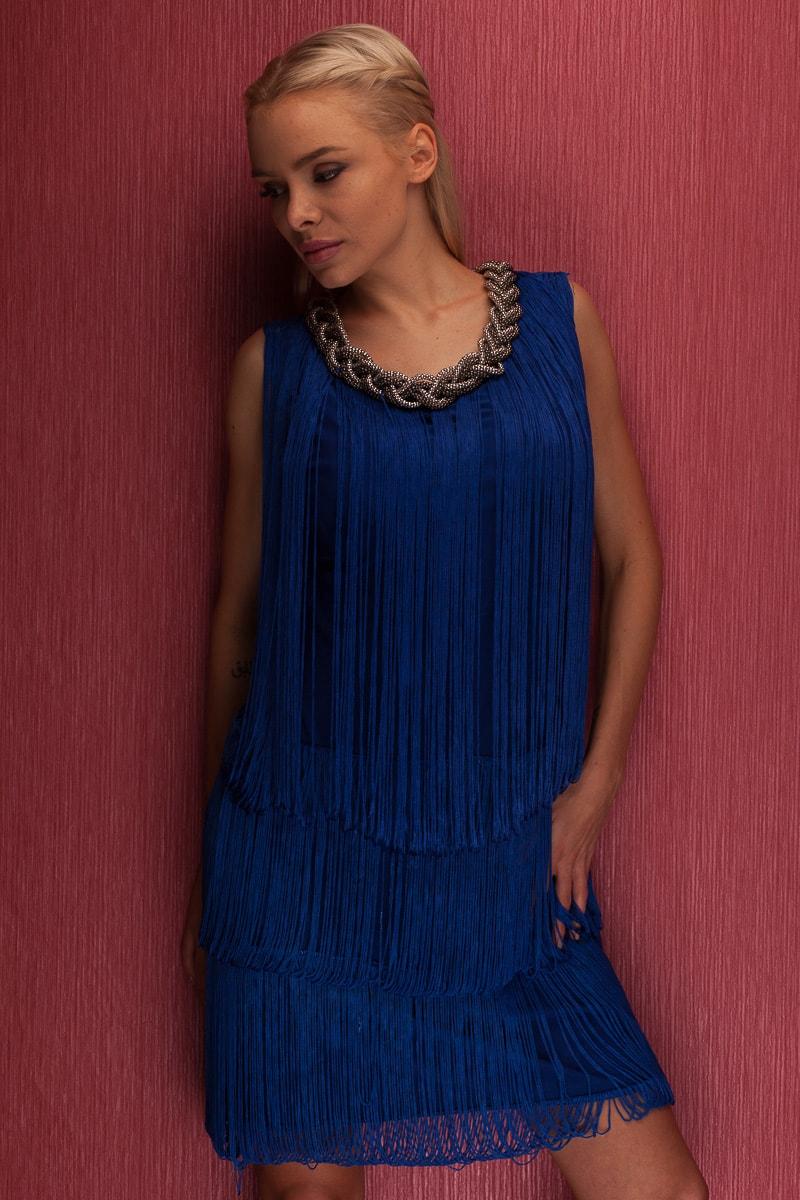 Glamadise.sk - Dámske elegantné šaty so strapcami na zdobením pri ... af7cbfc598c