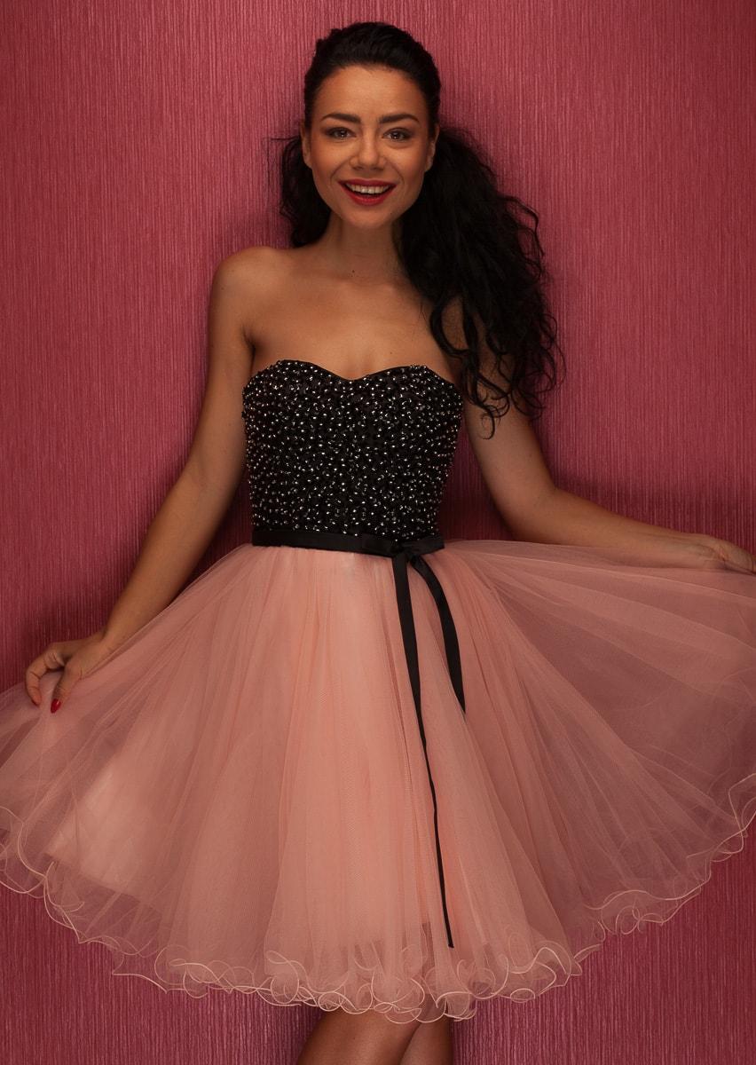 Dámské krátké plesové šaty bez ramínek - růžová - Due Linee - Šaty ... 1dc8dcad7a