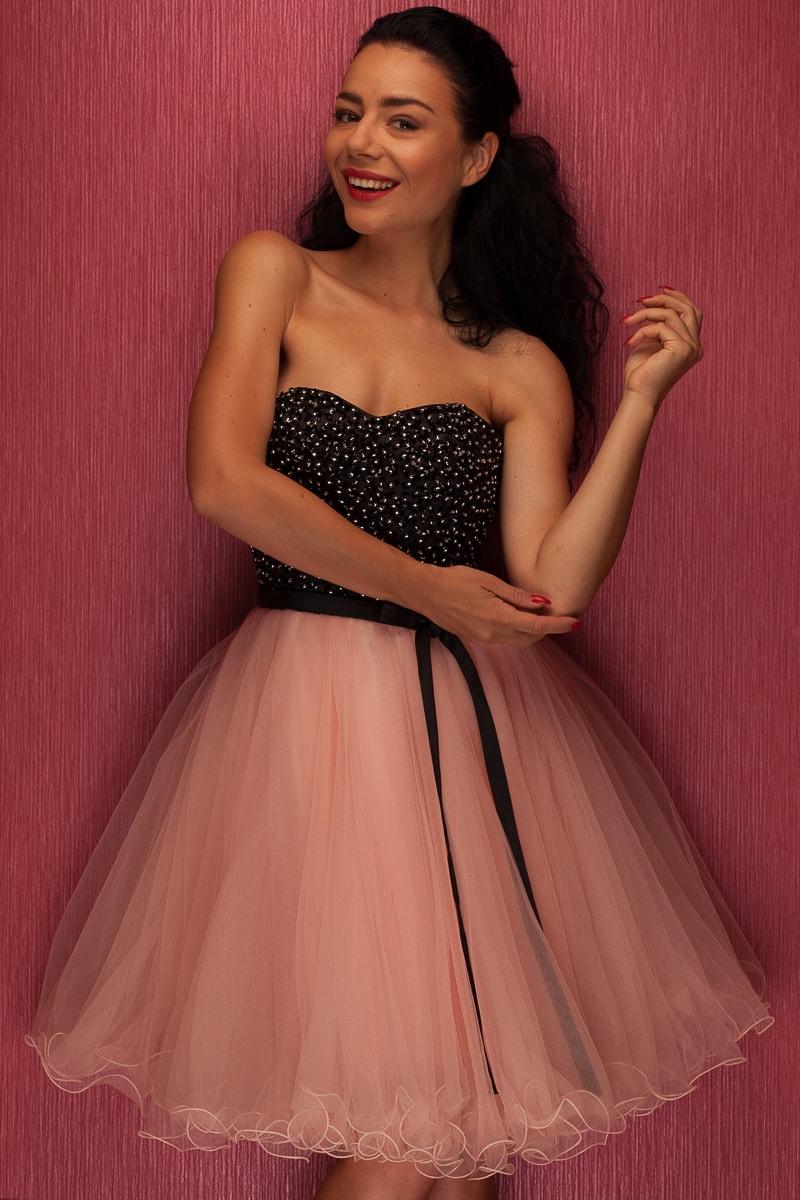 Glamadise.sk - Dámske krátke plesové šaty bez ramienok - ružová ... c2bad67287