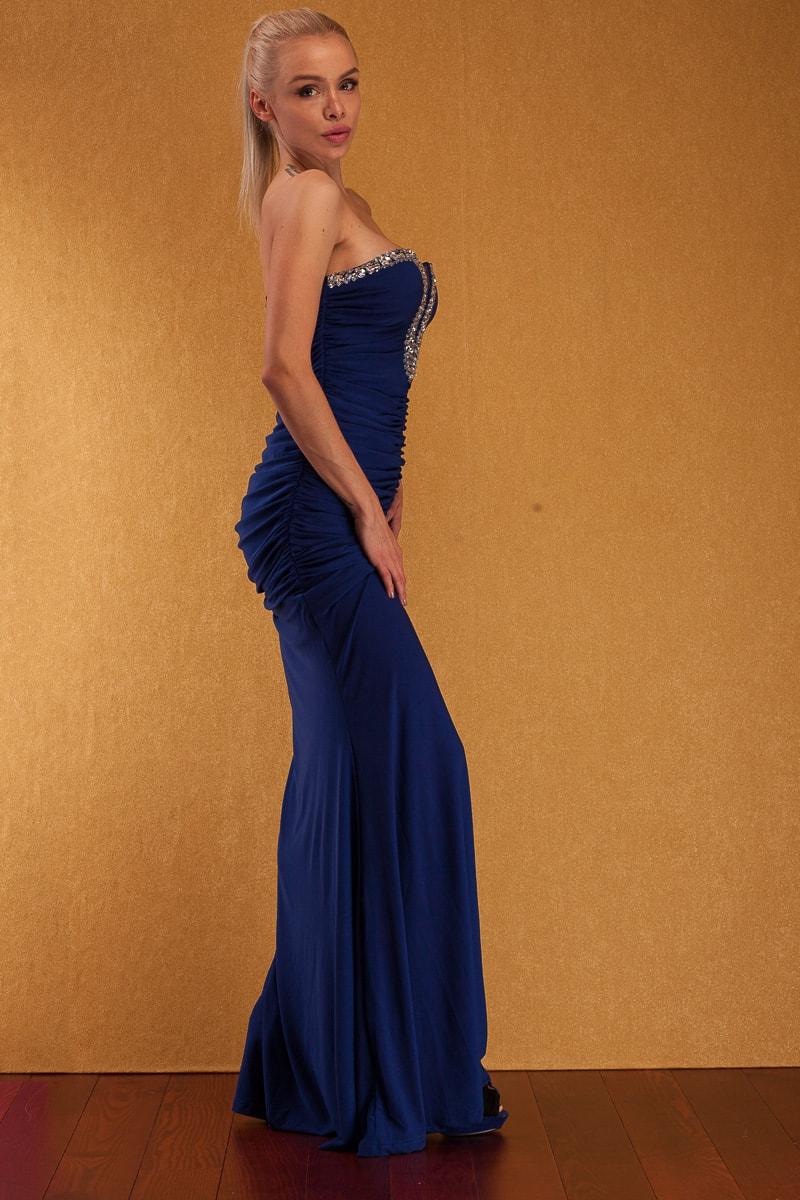 b6749ec5bed Společenské dlouhé šaty s kamínky bez ramínek - modrá - Dlouhé šaty ...
