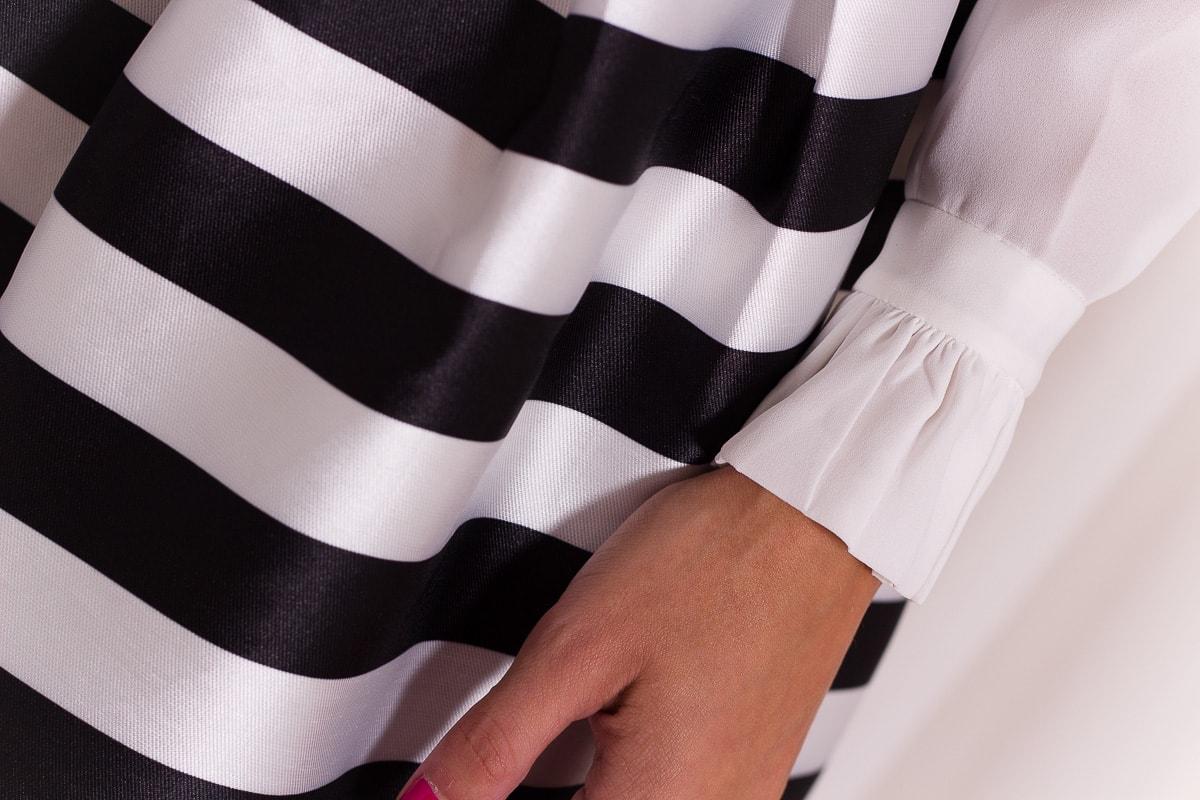 a3c5b97a1ad Dámská bílá košile s volánkovým límečkem - Topy a halenky - Dámské ...