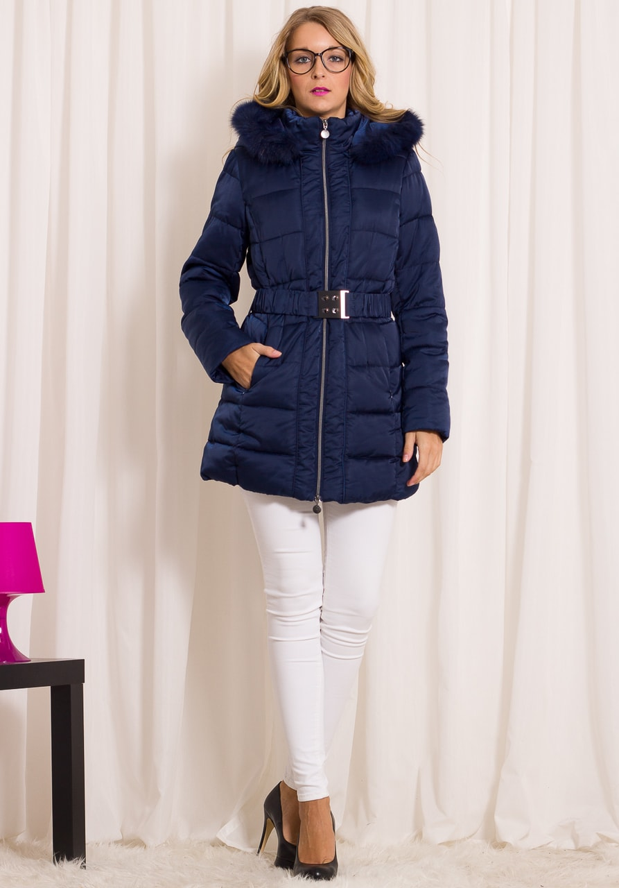 919ce25bd8 Glamadise.sk - Dámska zimná bunda s opaskom s kapucňou - modrá - Due ...
