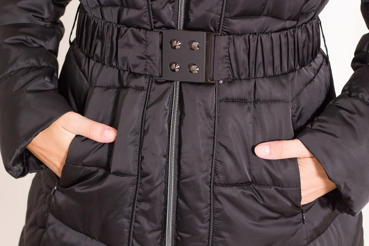 fa2a49027c20 Glamadise.sk - Dámska zimná bunda s opaskom s kapucňou - čierna ...