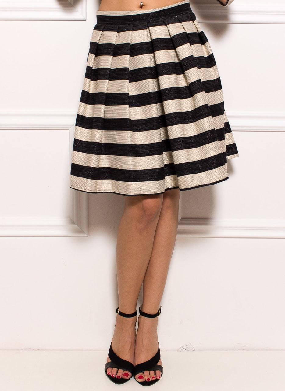 ff5bfe975c1 Dámská elegantní sukně s pruhy - zlatá - Glamorous by Glam - Sukně ...